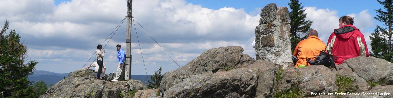 bayerischer-wald-ferien-freizeitangebote-berge-wandern-1600
